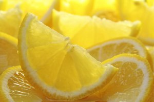 via http://www.mslimalicious.com/2012/04/health-benefits-of-lemon-water.html